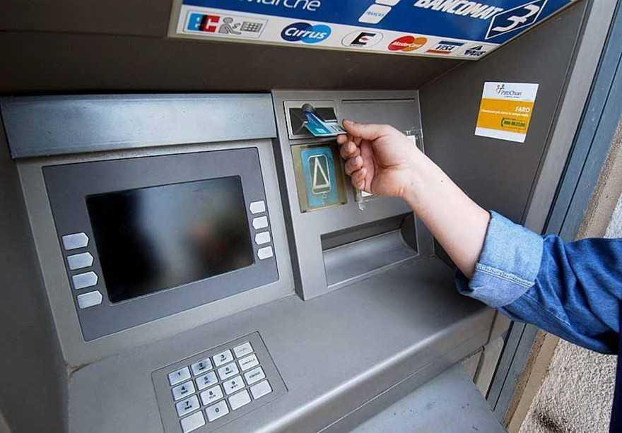 Pagamenti con carta anche inferiori a 5 euro