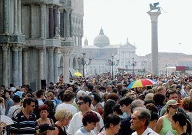 Turismo a Venezia: subito una governance metropolitana